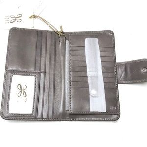 NWT - HOBO INTERNATIONAL Wristlet Wallet